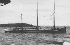 Plymouth_-_Lake_Huron_shipwrecks.jpg