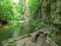 BF gorge trail.jpg